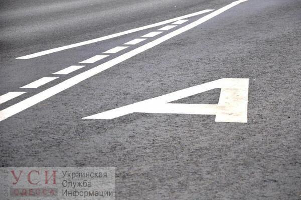 Выделенную для общественного транспорта полосу на Таирова планируют создать уже весной «фото»