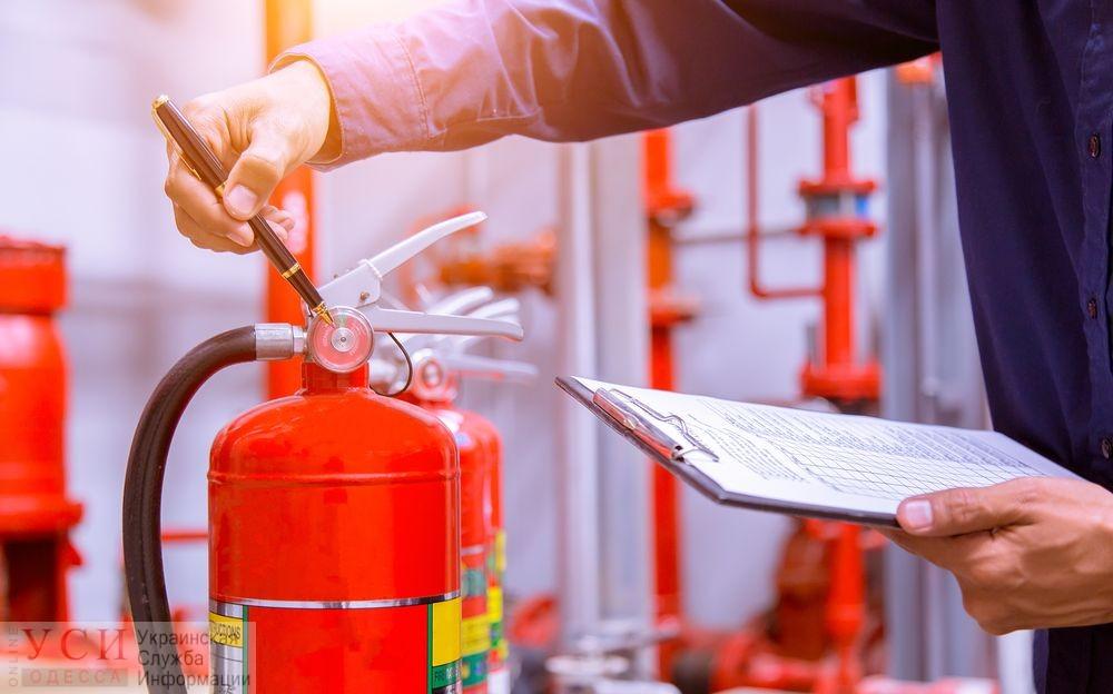 Привоз, Медин и 17 домов в Радужном могут отключить от электричества из-за проблем с пожарной безопасностью «фото»