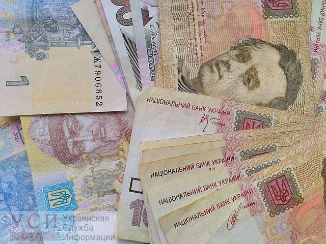 Учителя и воспитатели получают в среднем около 8 тысяч гривен – статистика «фото»
