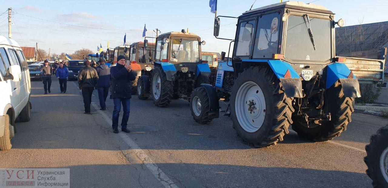 Противники земельной реформы заблокировали украинско-молдавскую границу (фото) «фото»