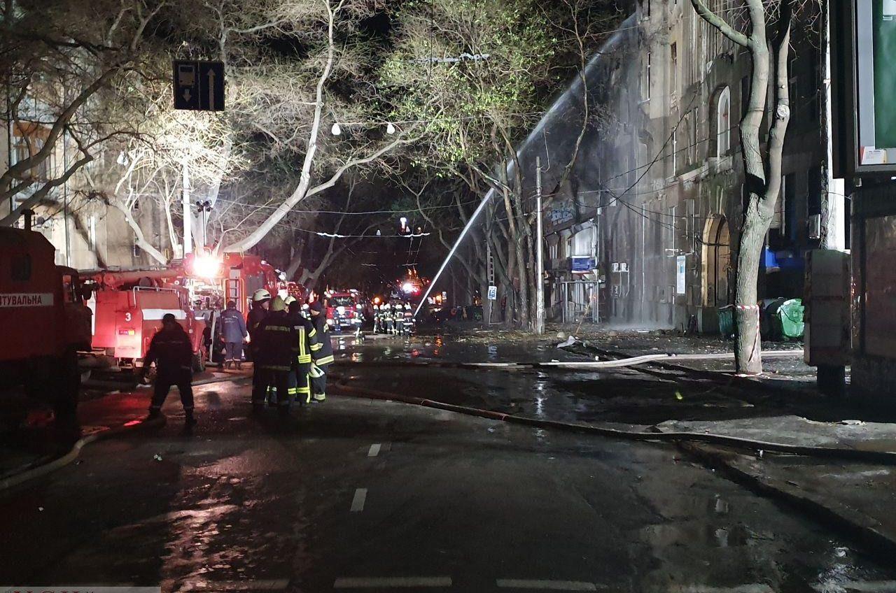 Пожар на Троицкой: среди завалов продолжаются поисковые работы пропавших «фото»