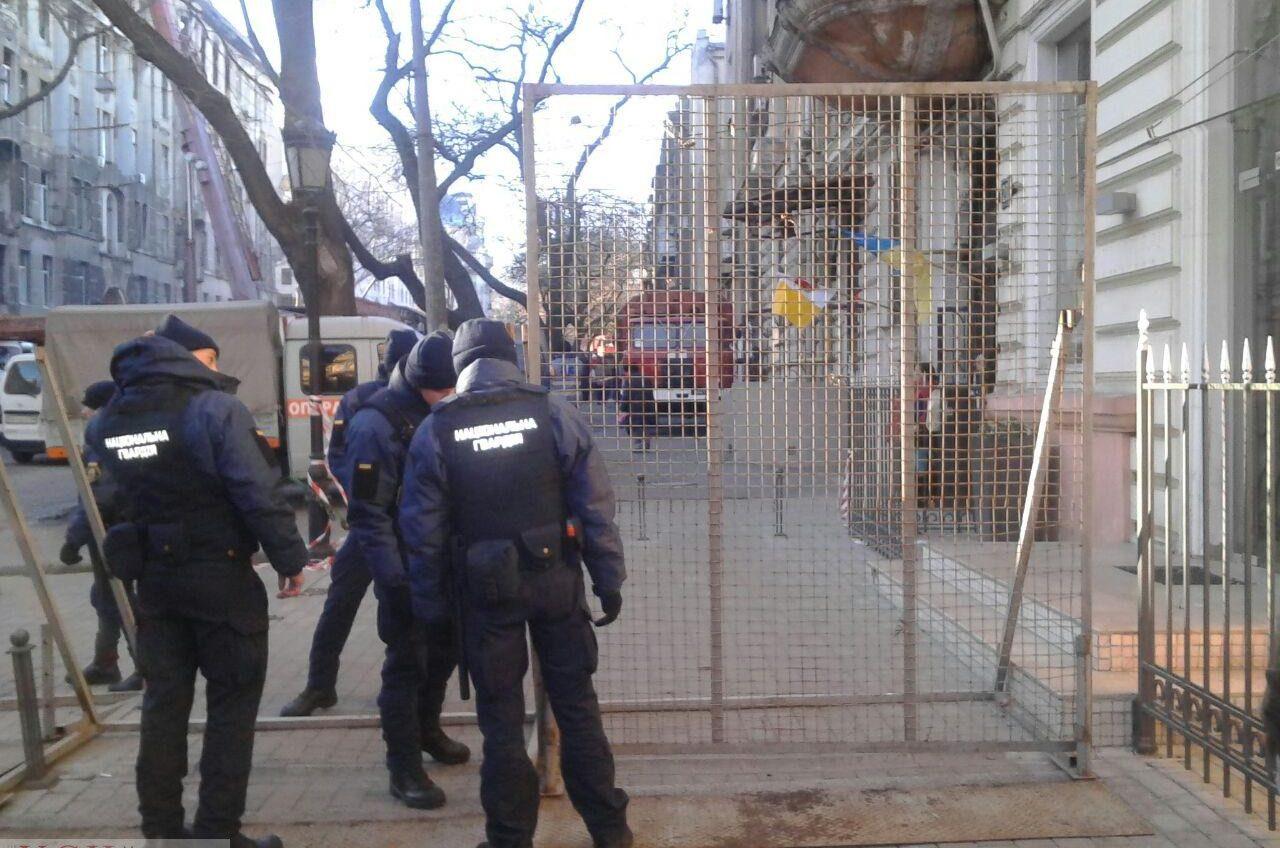 До завершения ликвидации последствий трагического пожара на Троицкой будет перекрыт участок дороги «фото»