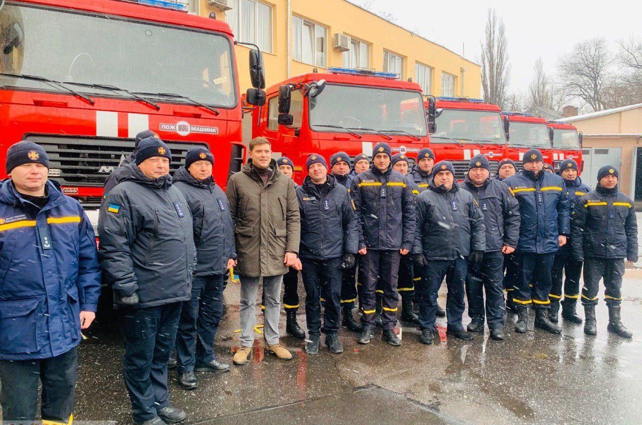 Одесским спасателям закупили шесть пожарных машин (фото) «фото»