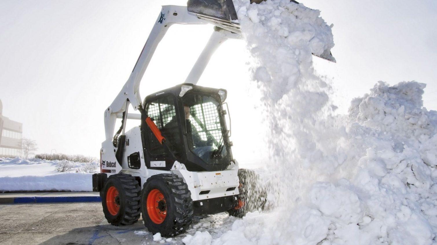 Не снежная погода: аэропорт Одессы не смог заказать услуги по уборке снега за 2,5 миллиона «фото»
