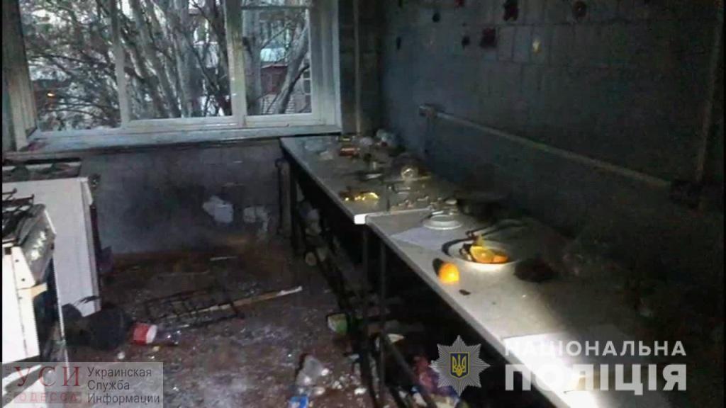 Во время застолья в общежитии в Малиновском районе взорвали гранату (фото, видео) «фото»