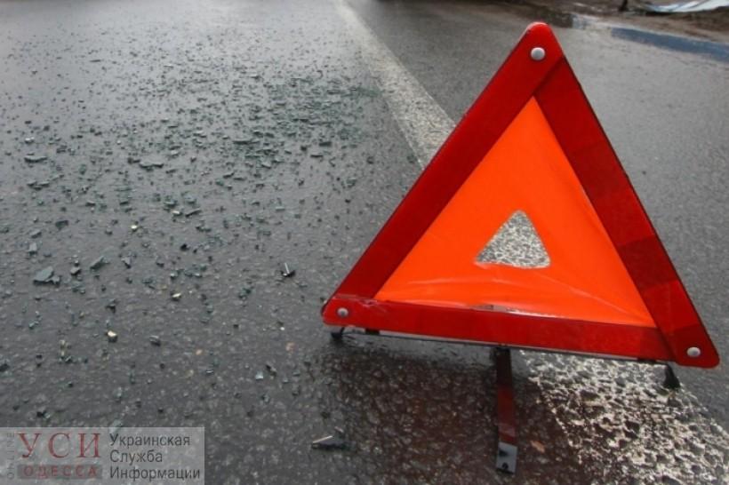 На Таирова произошло смертельное ДТП: грузовик сбил пешехода «фото»