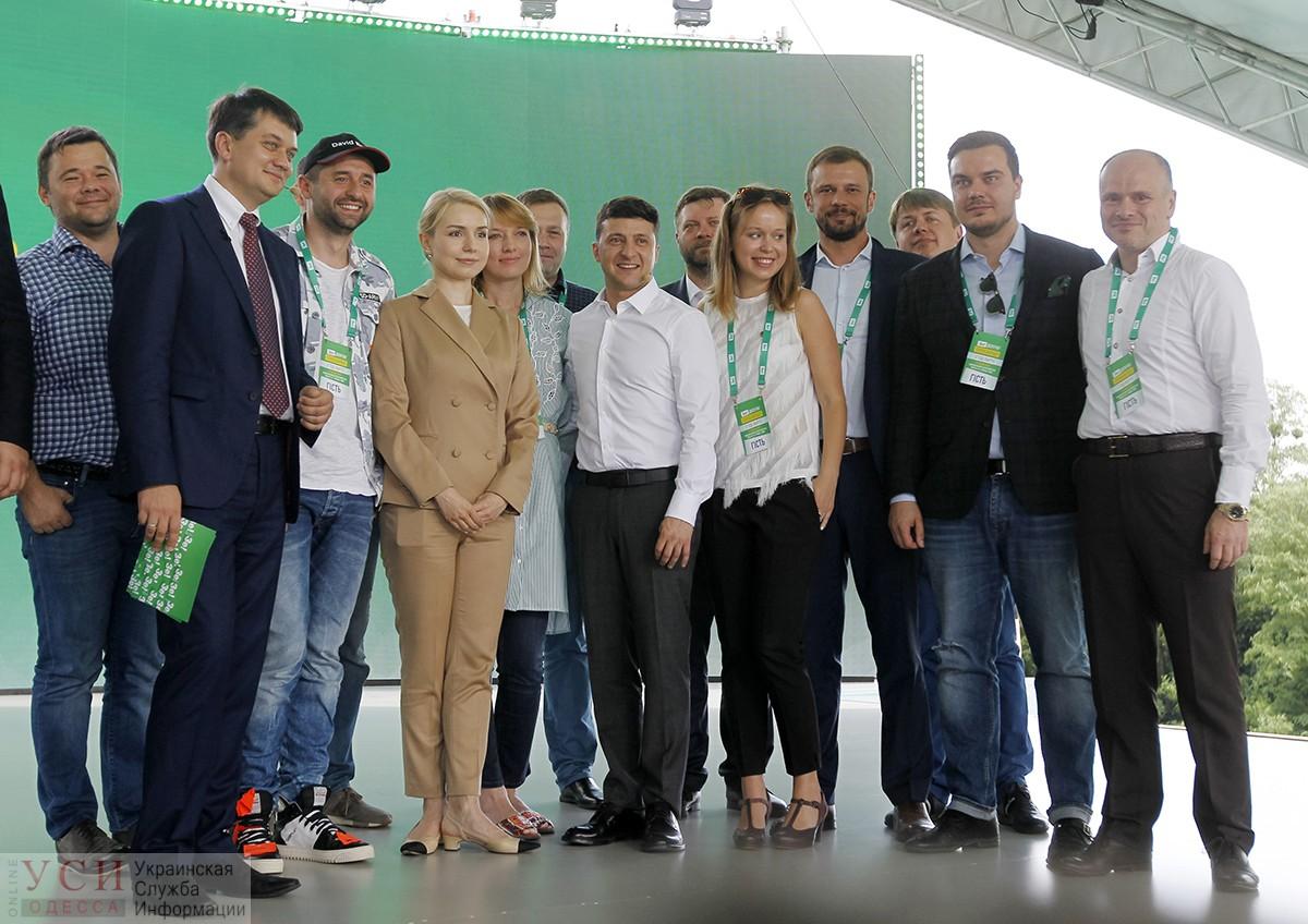 В «Слуге народа» определились с куратором местных выборов в Одесской области «фото»