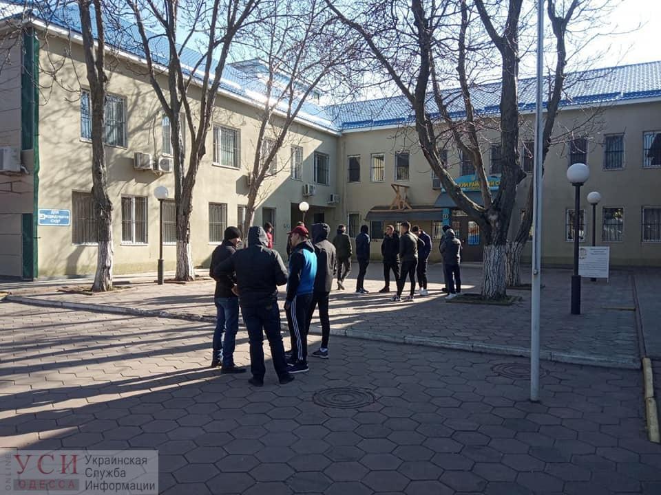 Земельная афера в Затоке: суд арестовал 87 участков, а главе поссовета вручили подозрение (фото) «фото»