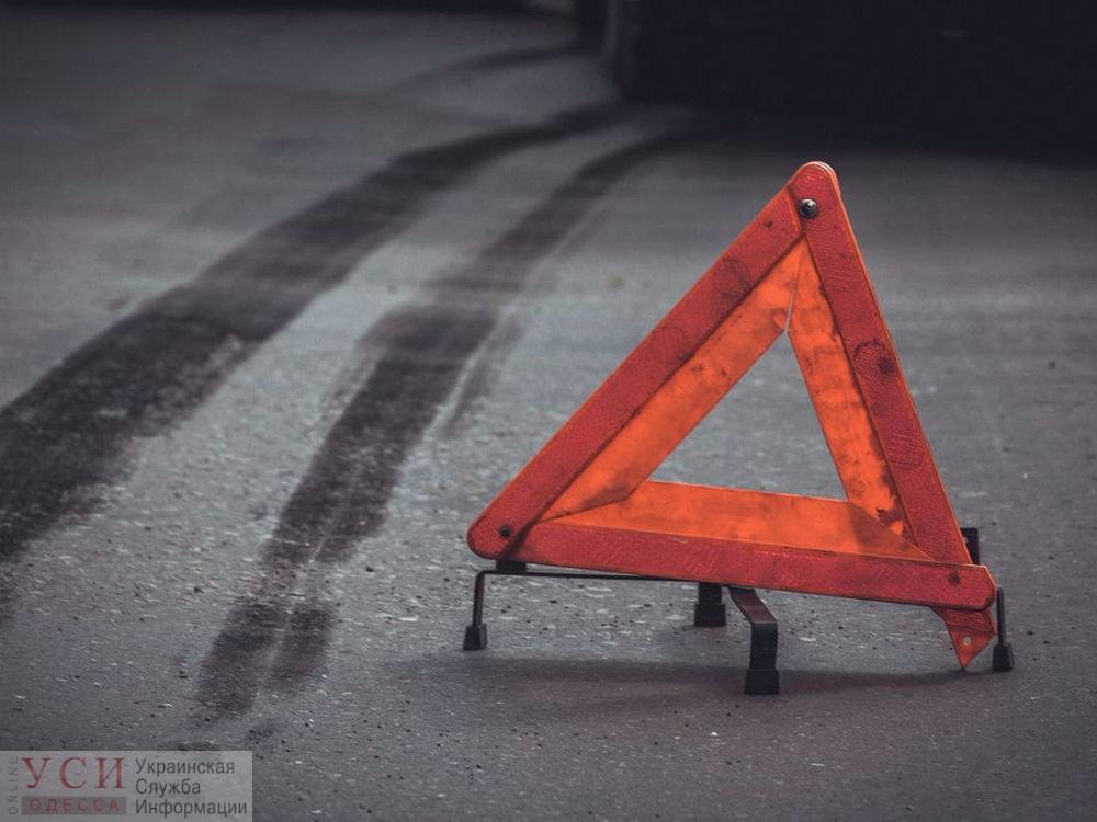 Водитель грузовика насмерть сбил велосипедиста в Одесской области (фото) «фото»
