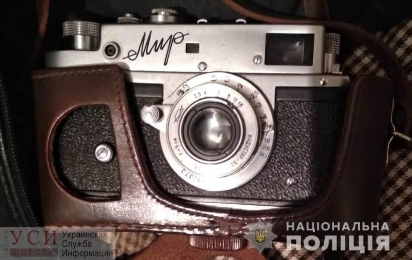 В Измаиле грабители избили 82-летнюю бабушку, чтобы отнять икону, деньги на похороны и старый фотоаппарат (фото, видео) «фото»