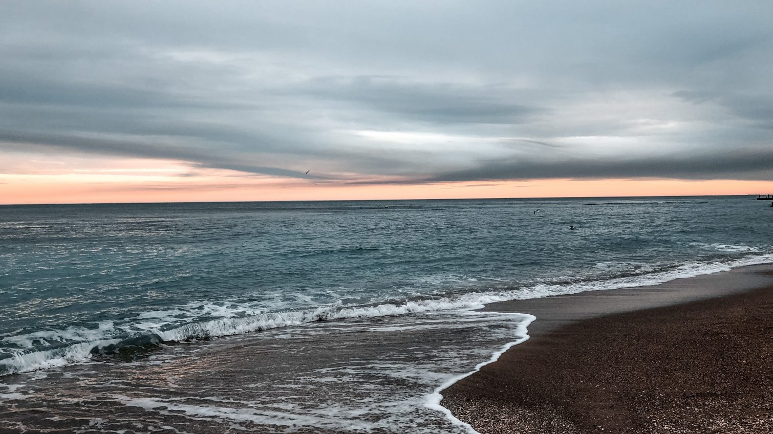 Во вторник в Одессе будет дождливо и ветрено «фото»