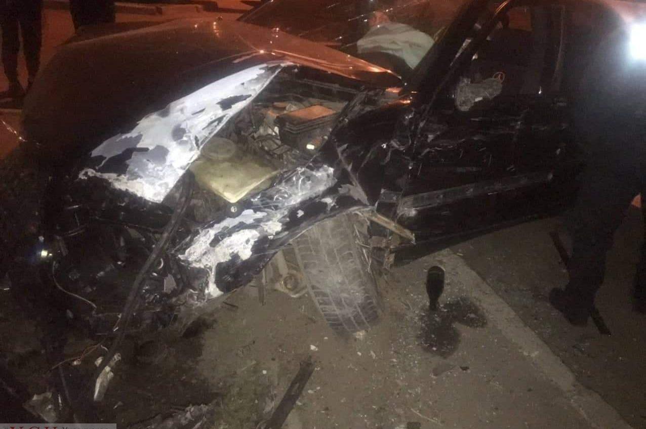 Ночное ДТП на Черемушках: пострадали пять машин «фото»
