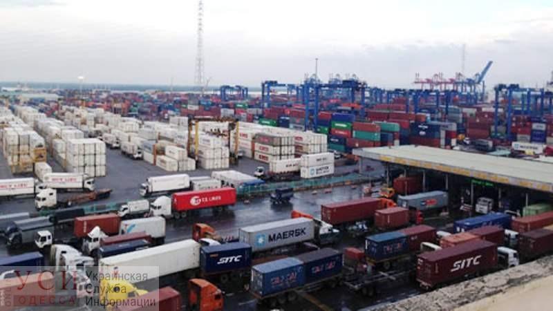 Суд обязал исполком Одесского горсовета дать возможность бесплатного въезда грузовикам в Одесский порт – но реакции не последовало (фото, документ) «фото»