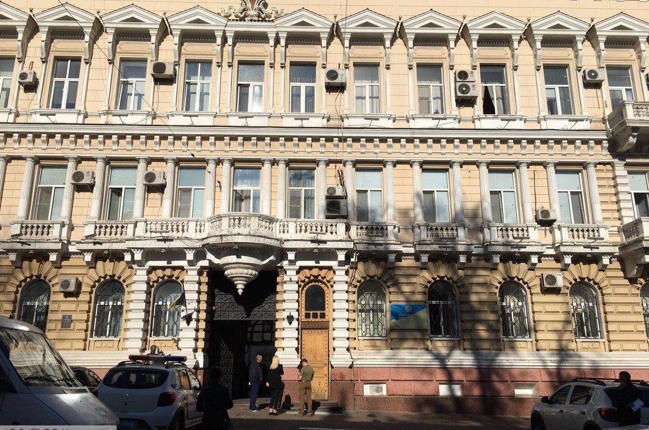 Реставрацией фасада здания одесской полиции может заняться фирма, на которую открыто уголовное дело «фото»