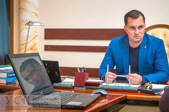 Экс-начальника одесской полиции Головина обязали носить электронный браслет до 18 мая «фото»