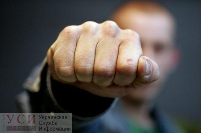 В Одесской области пьяный пассажир сломал нос водителю маршрутки «фото»