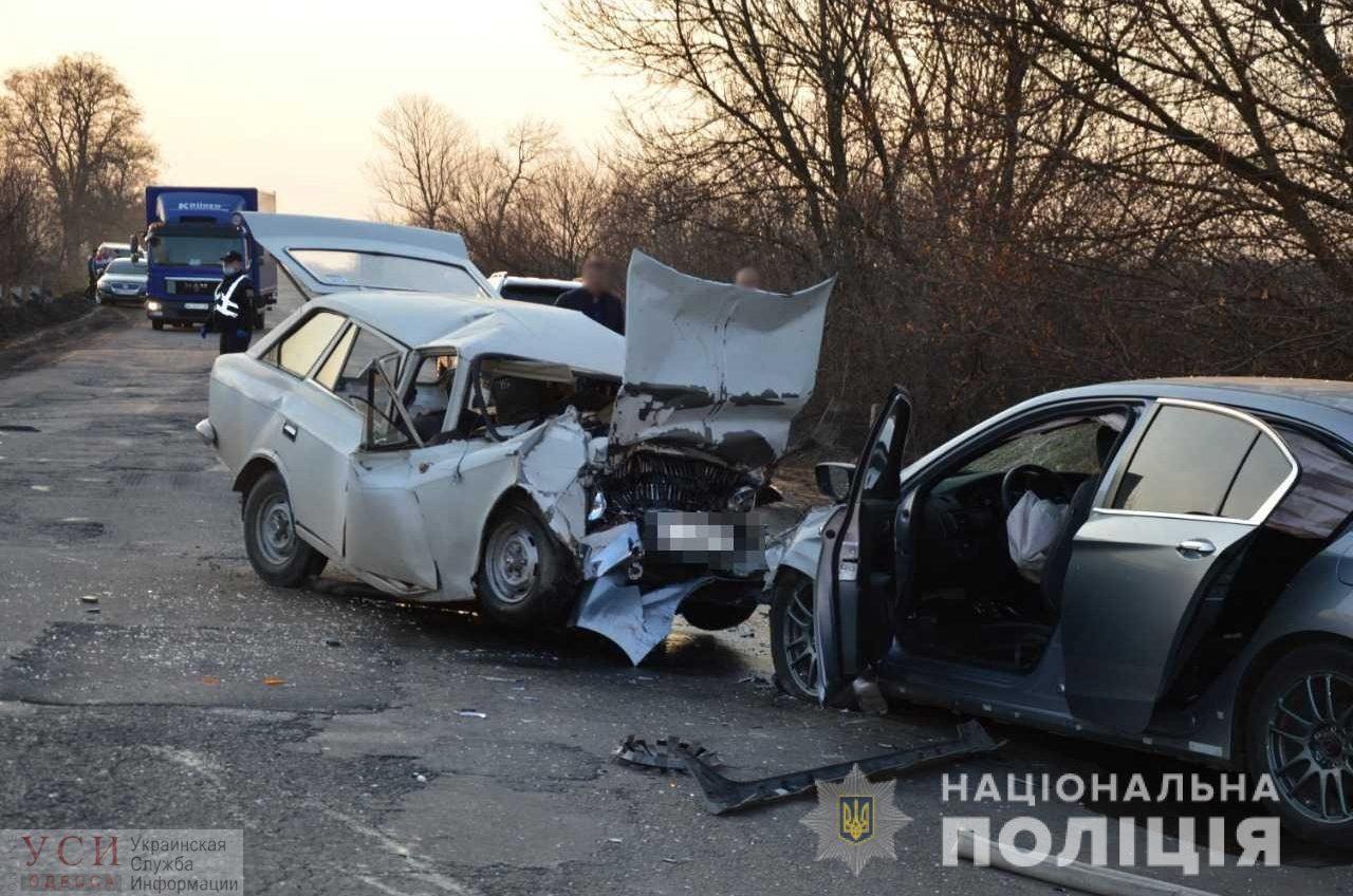Два автомобиля столкнулось лоб в лоб в Одесской области: есть погибшие «фото»