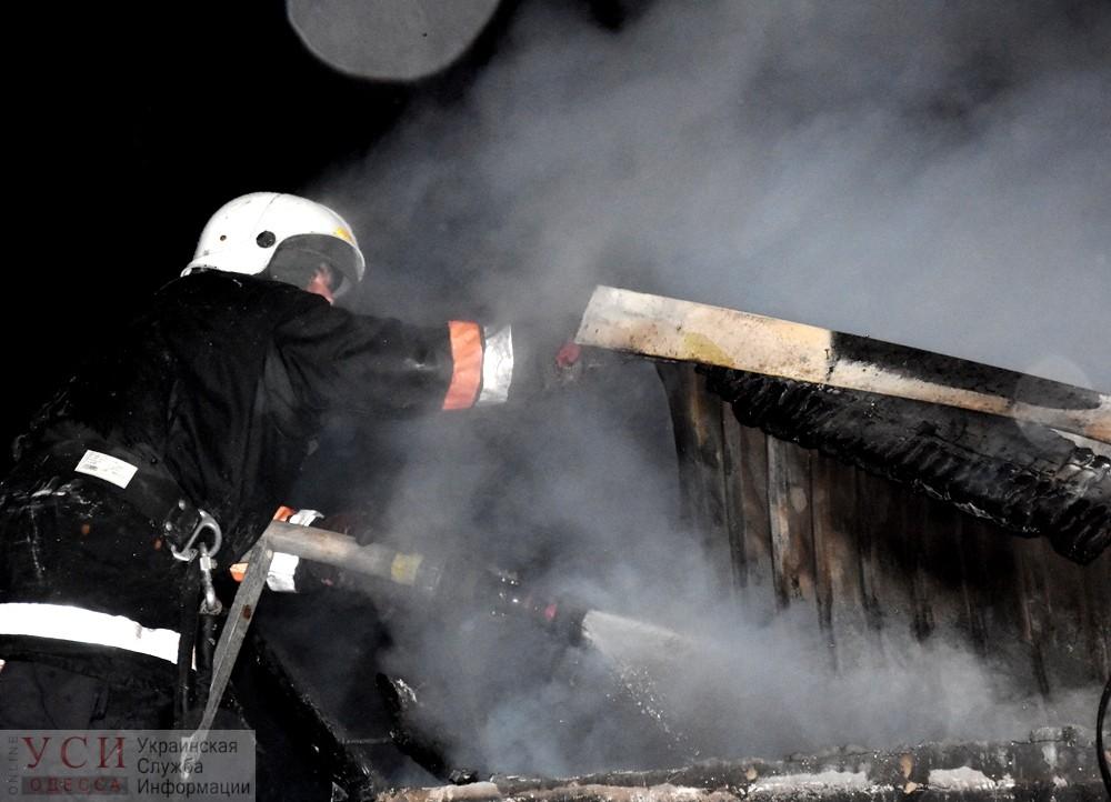 Еще одно летнее кафе сожгли на Ланжероне в Одессе (фото) «фото»