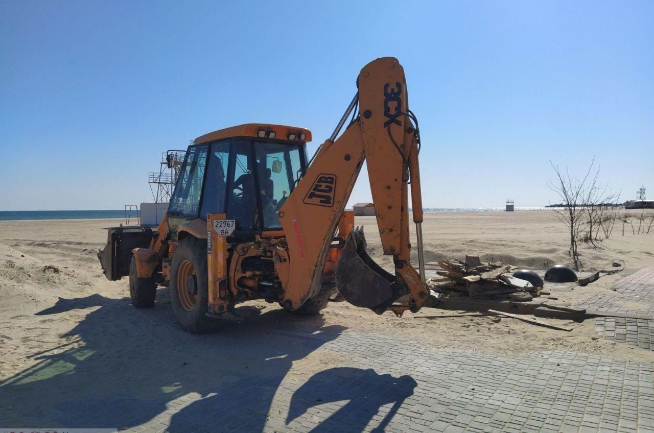 В Затоке снова пытаются остановить скандальную стройку на пляже (фото) «фото»