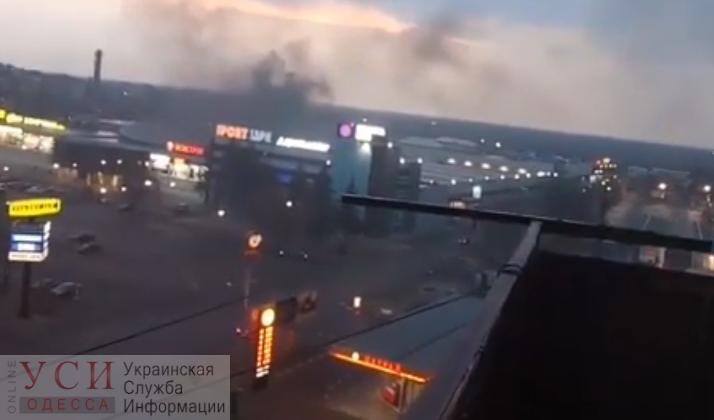 Пожар на Таирова: горит здание «Сити Центра» (видео) ОБНОВЛЯЕТСЯ «фото»