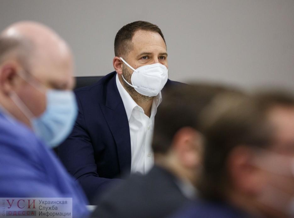 В Офисе Президента возмутились бездействием Труханова: мэрия не закрыла рынки «фото»