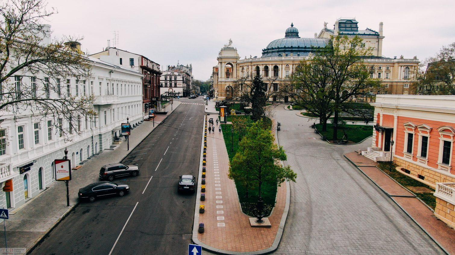 Карантин в Одессе: накануне Пасхи центр опустел (аэросъемка) «фото»