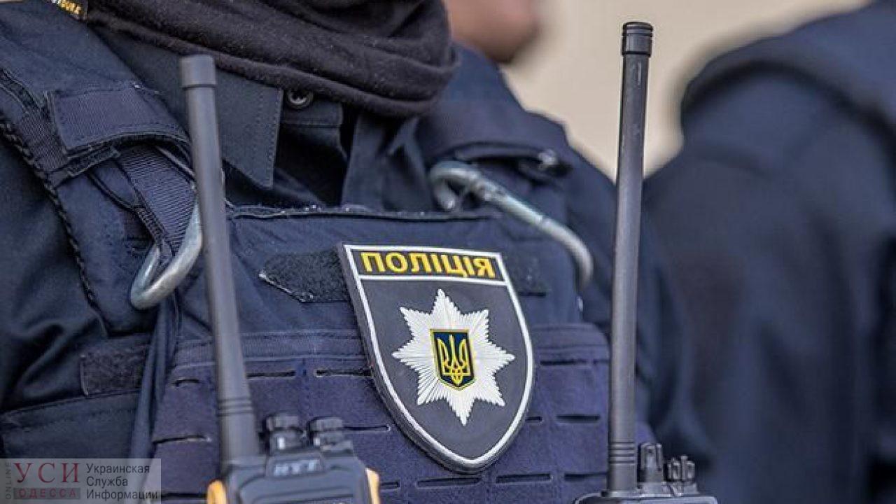 На Таирова во дворе высотки нашли труп женщины «фото»
