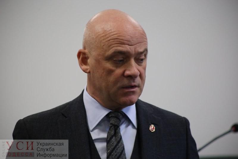 Карантин нужен? Труханов обеспокоен ситуацией с коронавирусом в Одессе и созывает комиссию для экстренных мер «фото»