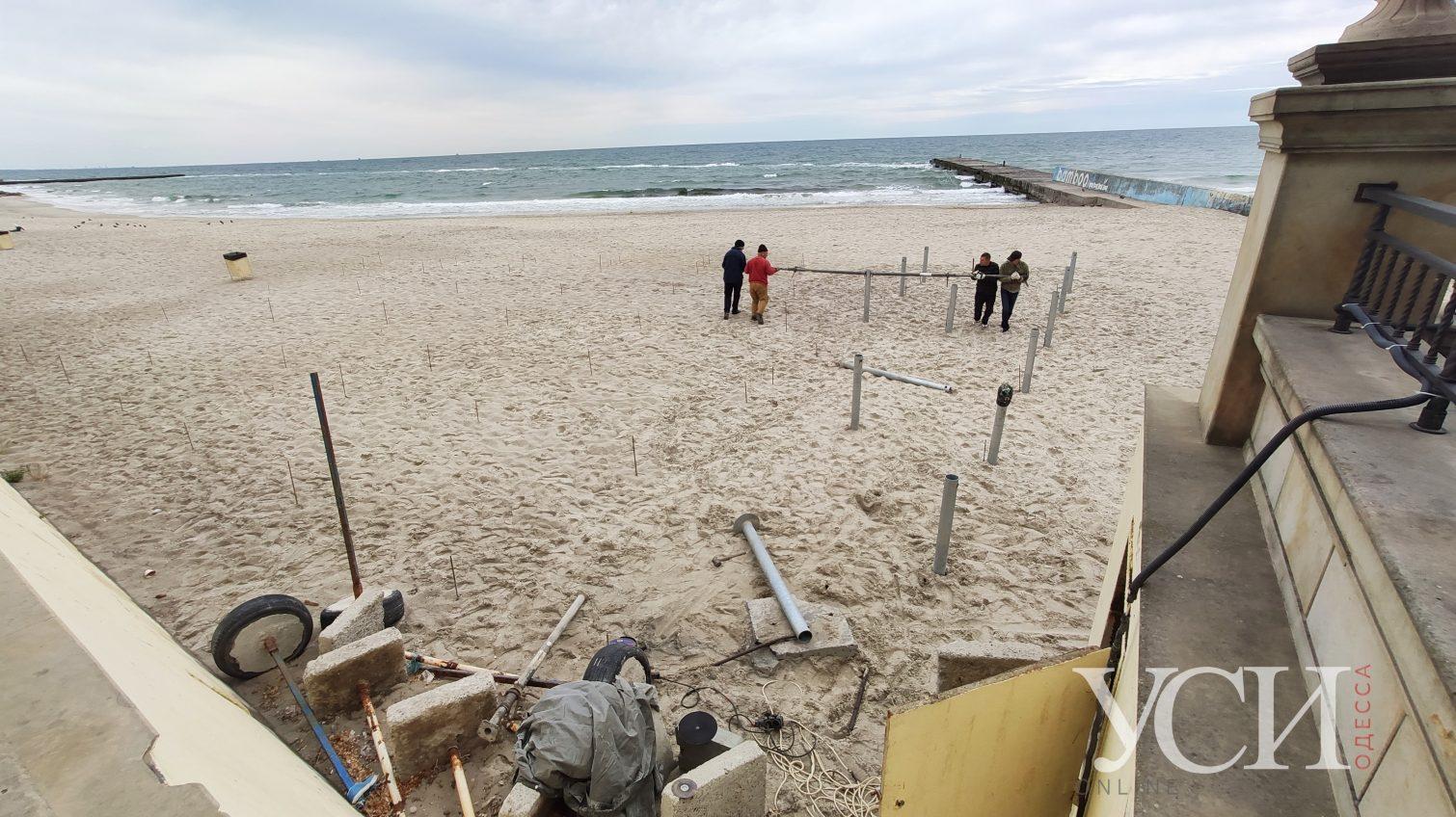 В мэрии согласовали гигантский настил и МАФы на пляже 16-й Фонтана фирме экс-нардепа (фото) «фото»