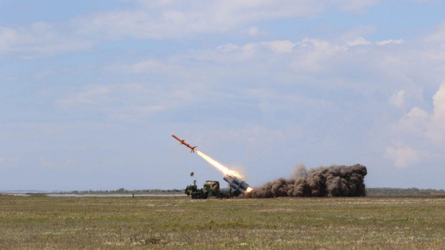 Ракеты «Нептун» впервые одновременно поразили две цели в Черном море (фото) «фото»
