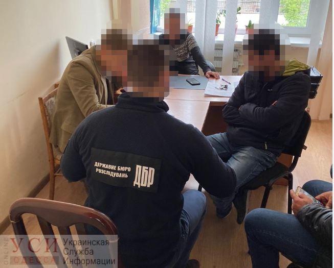 Полицейским, избившим водителя и пассажира в Белгороде-Днестровском, грозит до 8 лет тюрьмы «фото»