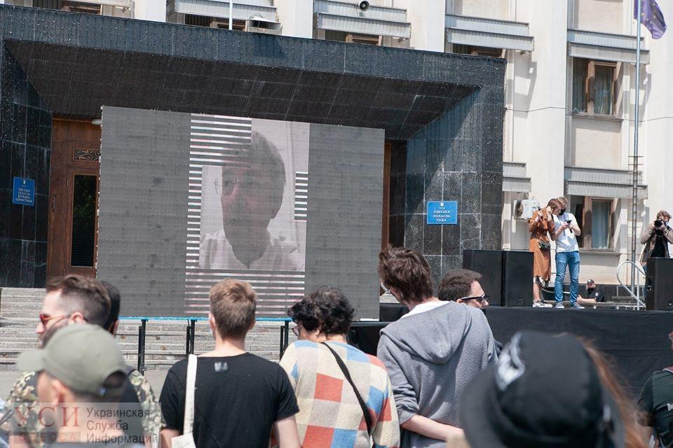 Министр культуры пообещал поддержку Ройтбурду «фото»