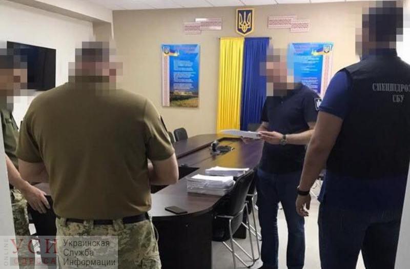 Чиновники Минобороны в Одесской области присвоили 11 миллионов, выделенных на казармы (фото) «фото»