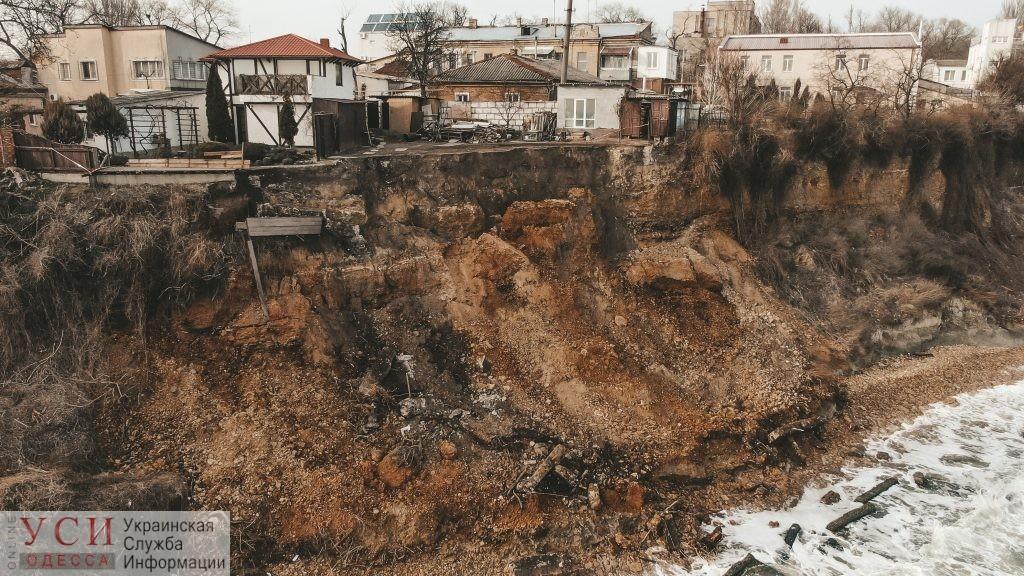 От Черноморки до мыса Большой Фонтан активизировались оползни: в мэрии говорят, что нужно 2 миллиарда «фото»