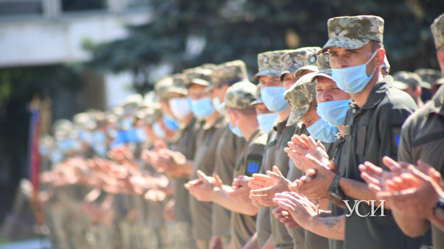 «Спасибо за службу, Рыцари!», — как прошла торжественная встреча одесской мехбригады, вернувшейся из зоны боевых действий (фото, видео) «фото»