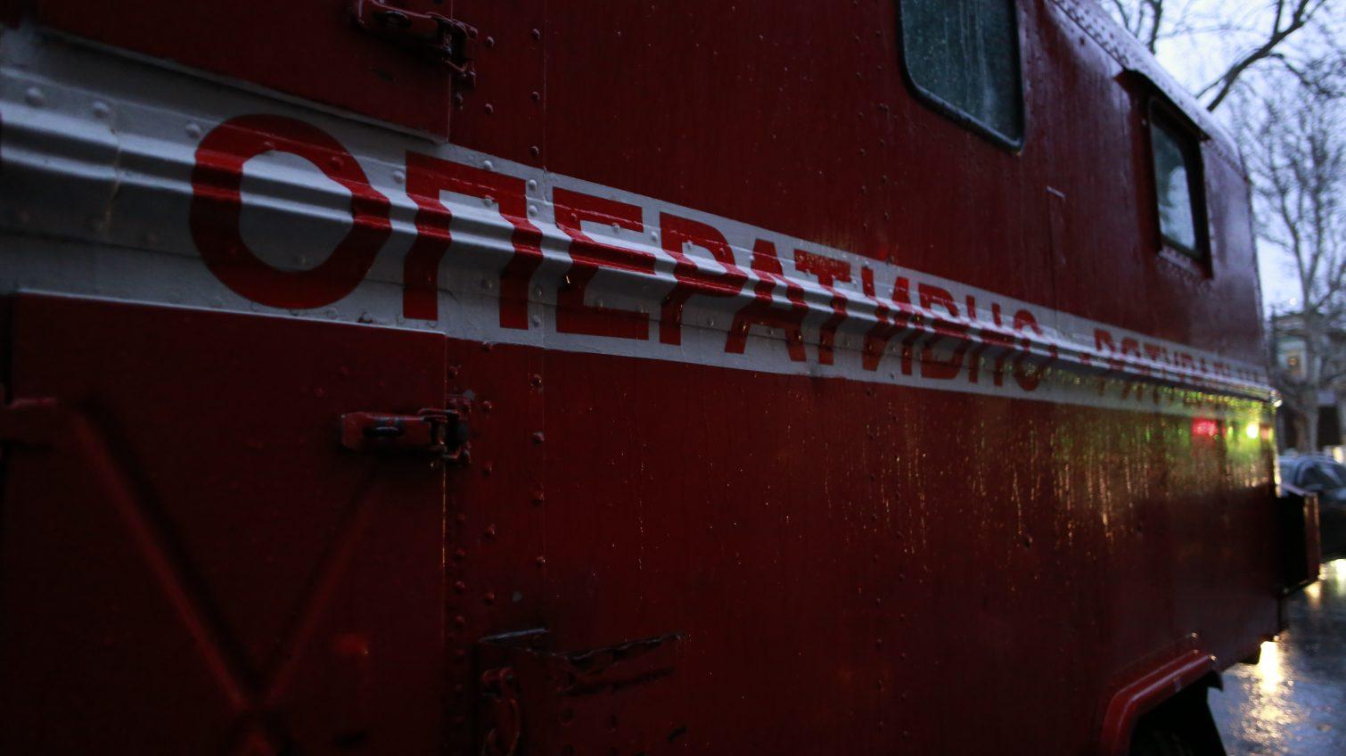 Пожар в многоэтажке на Таирова: пострадала женщина, 14 жильцов эвакуировали (фото) «фото»