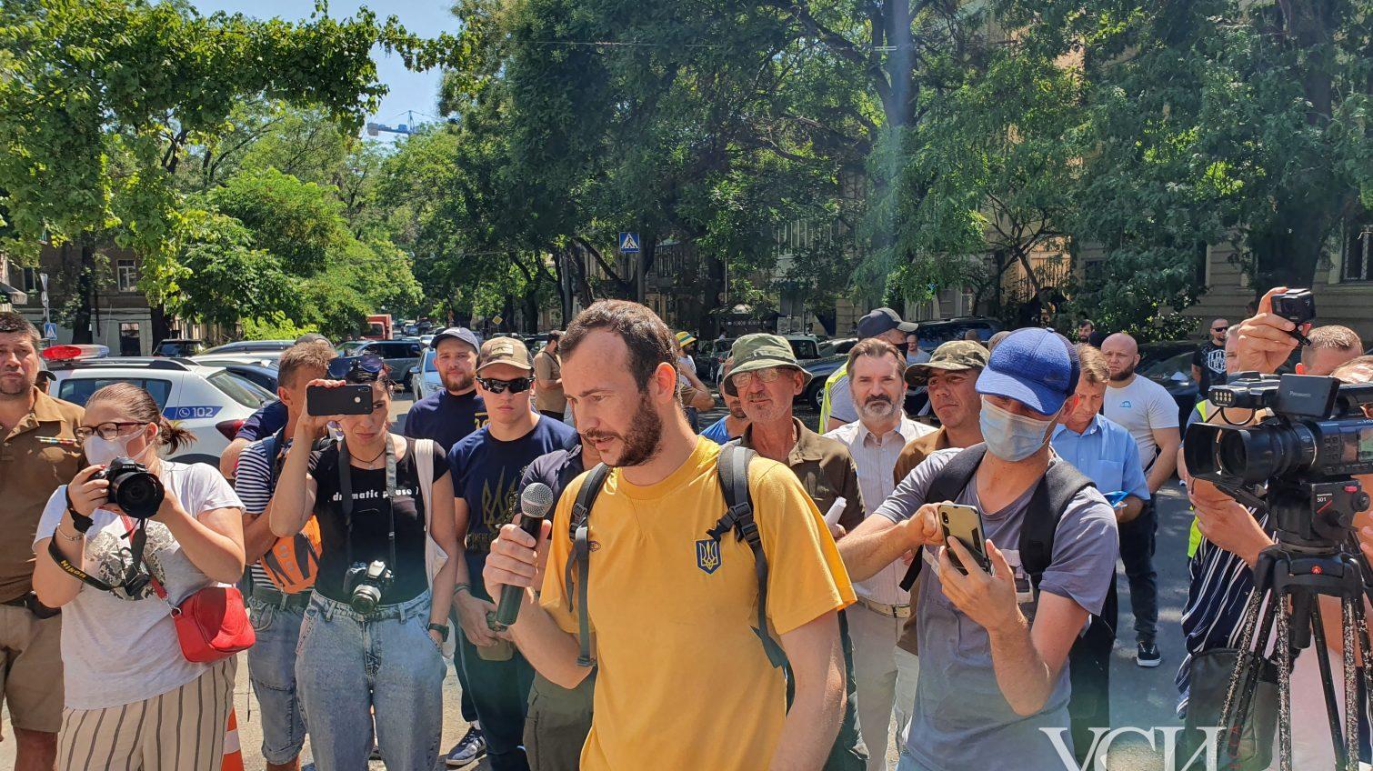 «Требуем расследования и отстранения главы райотдела», – ветераны встали на защиту избитого военного «фото»