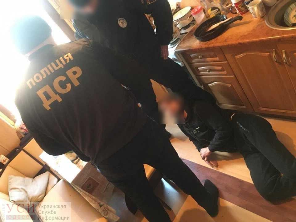 Вооруженные иностранцы-клофелинщики предстанут перед судом за ограбление в Одессе (фото) «фото»