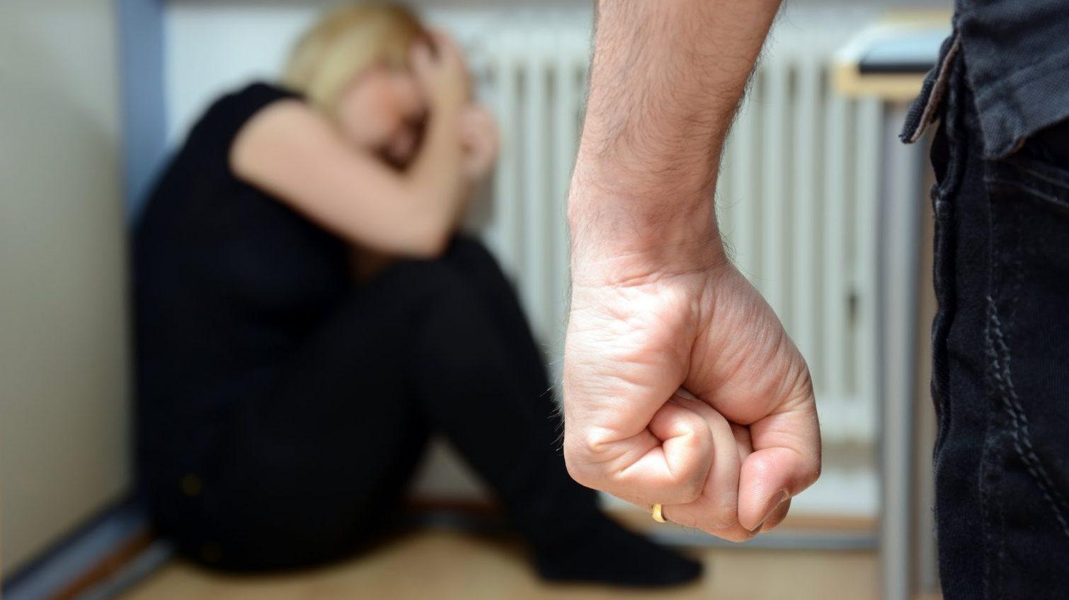 Ругался и толкался: в Одесской области задержали обидчика матери «фото»