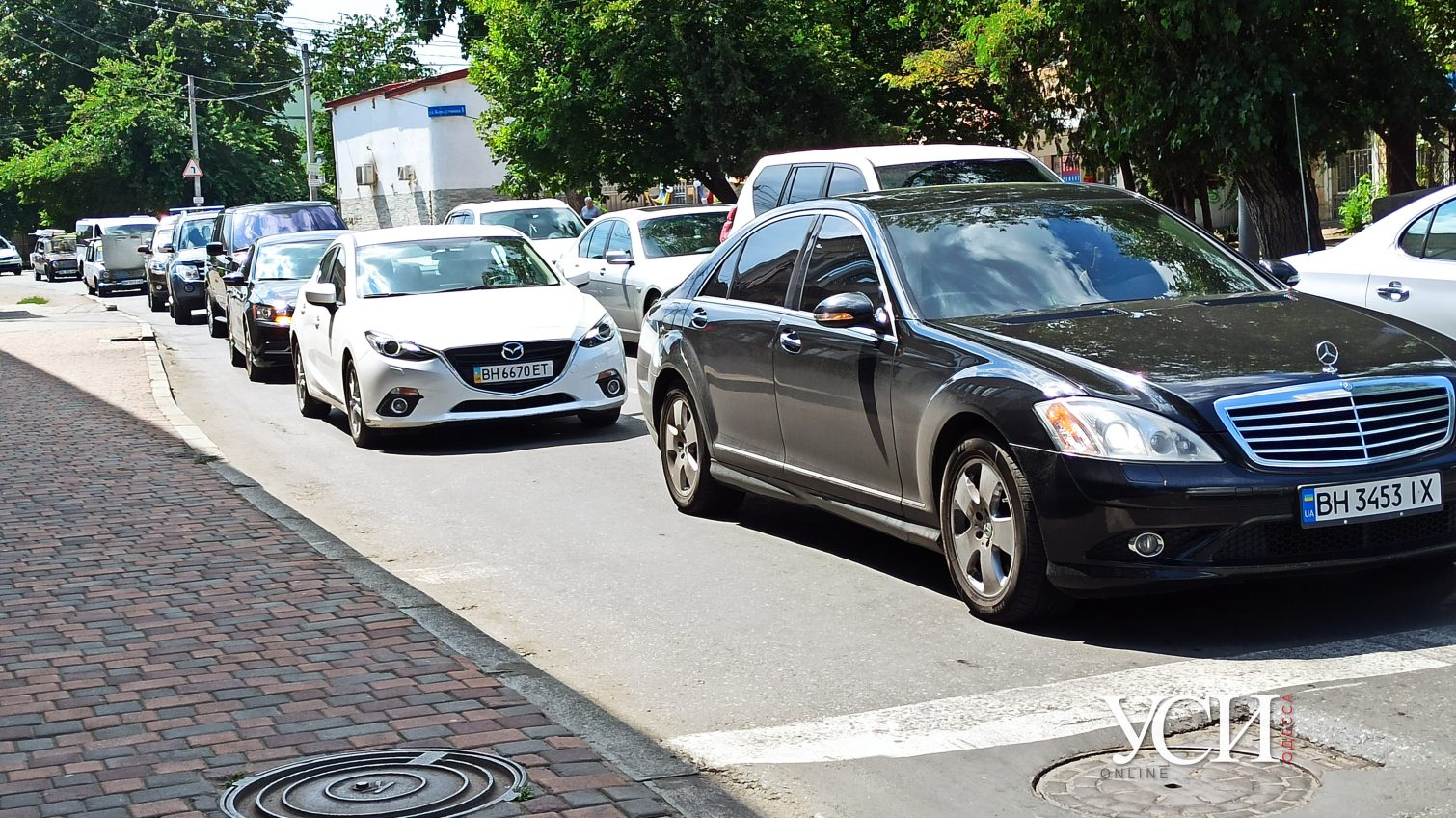 Нежданные пробки: в рабочий полдень в середине недели Одессу сковали заторы (карта) «фото»