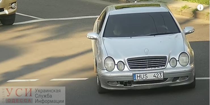 На Балковской водитель мощного авто устроил дрифт на светофоре (видео) «фото»