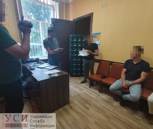 Подполковнику СБУ, главарю преступной банды, назначили залог почти в 10 миллионов «фото»