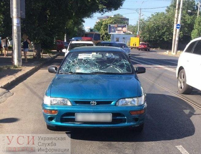 ДТП на Фонтане: пострадали мужчина и женщина «фото»