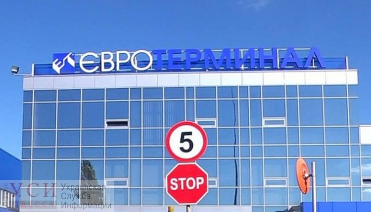Схема на 6 миллионов: мэрия Труханова отказалась отменять ограничения для фур в интересах частной фирмы «фото»