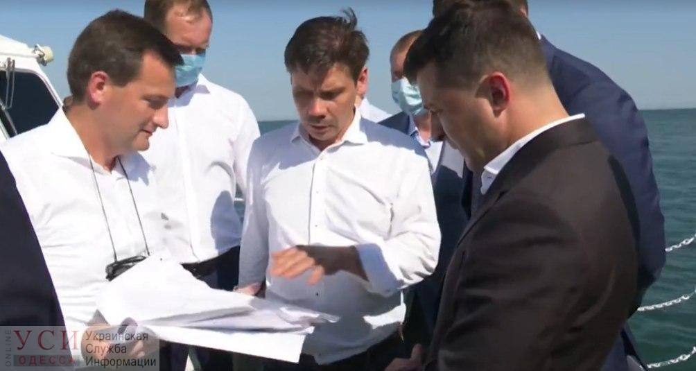 Президенту дали слово убрать Delfi с пляжа в Одессе, но не точно 20 июля «фото»