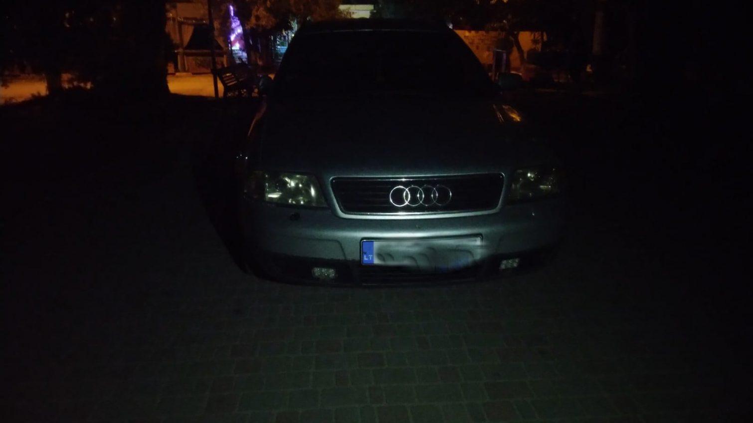 В Одессе пьяный «полковник» катался на авто по парку и грозился связями (видео) «фото»
