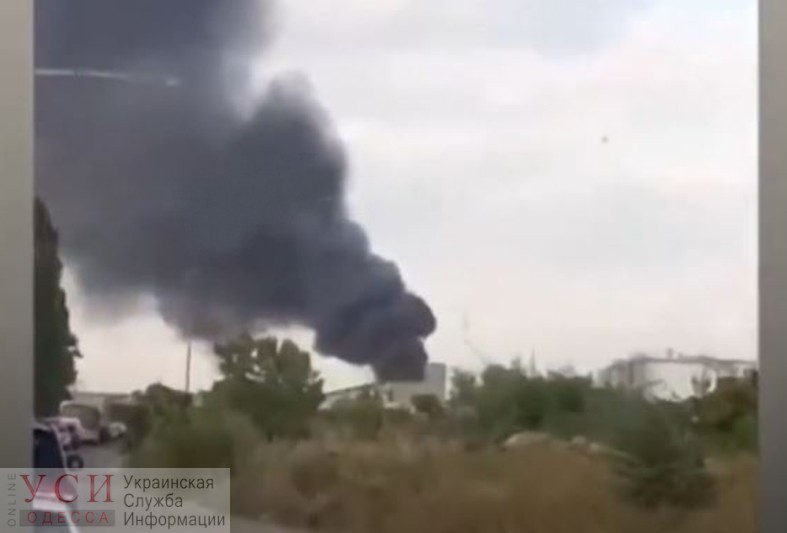 Рядом с Одесским НПС разгорается пожар (видео) «фото»