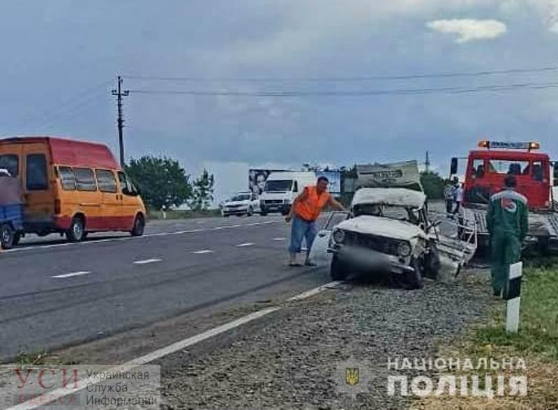 Жесткая авария на трассе Одесса-Рени: легковушка – всмятку «фото»