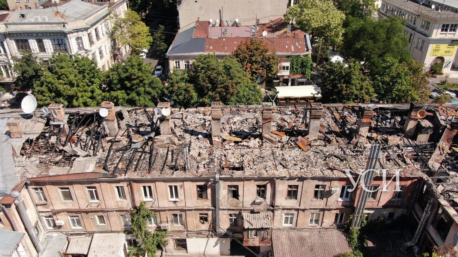 Бездействие и пустые обещания чиновников мэрии: как выживают люди в сгоревшем доме на Бунина (фото) «фото»