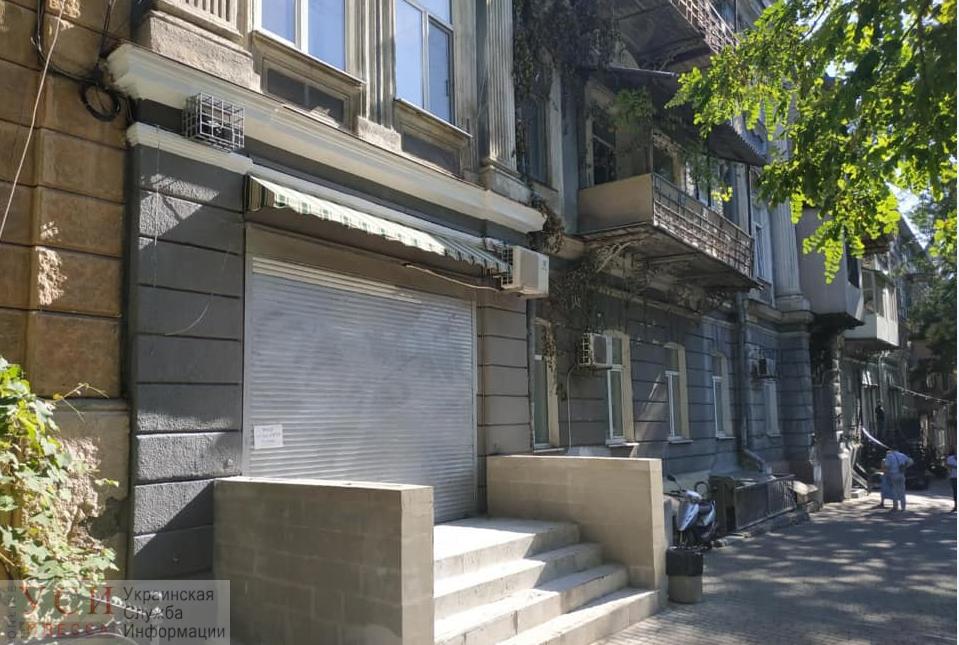 В Одессе выявили 28 нахалстроев: новый вход в Дом трезвенников и «дом» под лестницей «фото»